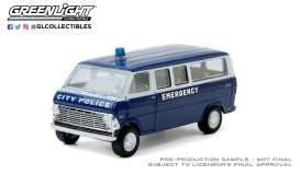 Ford  - Club Wagon 1969 blue - 1:64 - GreenLight - 30209 - gl30209 | Toms Modelautos