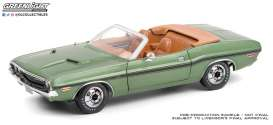 Dodge  - Challenger 1970 green/tan - 1:18 - GreenLight - 13586 - gl13586 | Toms Modelautos