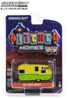 Shasta  - Airflyte yellow/green - 1:64 - GreenLight - 34090E - gl34090E | Toms Modelautos
