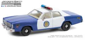 Plymouth  - Fury 1974 white/blue - 1:43 - GreenLight - 86602 - gl86602 | Toms Modelautos