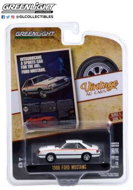 Ford  - Mustang 1980 white - 1:64 - GreenLight - 39060D - gl39060D | Toms Modelautos