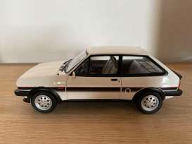 Ford  - Fiesta XR2 1981 white  - 1:18 - Norev - 182742 - nor182742 | Toms Modelautos