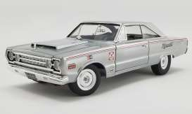 Plymouth  - Belvdere Lightweight 1967 silver - 1:18 - Acme Diecast - 1806704 - acme1806704 | Toms Modelautos