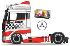 Mercedes Benz  - Actros white/red/black - 1:64 - Maisto - 12389-19127W - mai12389-19127W | Toms Modelautos