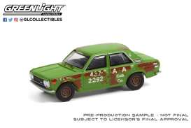 Datsun  - 510 4-Door Sedan 1970 green/rusty - 1:64 - GreenLight - 47070B - gl47070B | Toms Modelautos