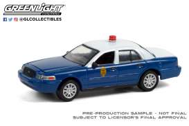 Ford  - Crown Victoria Police Inter. 2011 blue/white - 1:64 - GreenLight - 28060D - gl28060D | Toms Modelautos
