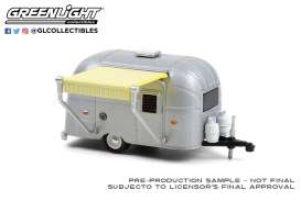Airstream  - 16' Bambi 1972 silver - 1:64 - GreenLight - 34100D - gl34100D | Toms Modelautos