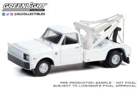 Chevrolet  - C-30 1968 white - 1:64 - GreenLight - 46070A - gl46070A | Toms Modelautos