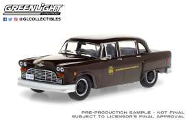 Checker  - Taxicab 1975 brown - 1:43 - GreenLight - 86196 - gl86196 | Toms Modelautos