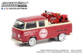 Volkswagen  - Type 2 1968 red/white - 1:64 - GreenLight - 36030A - gl36030A | Toms Modelautos