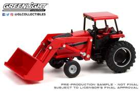 Tractor  - 1984 red - 1:64 - GreenLight - 48050C - gl48050C | Toms Modelautos