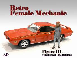 Figures  - Retro Female Mechanic III 2020  - 1:24 - American Diorama - 38346 - AD38346 | Toms Modelautos