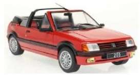 Peugeot  - 205  1989 red - 1:18 - Solido - 1806201 - soli1806201 | Toms Modelautos