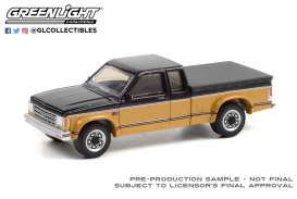 Chevrolet  - S10 1990 black/gold - 1:64 - GreenLight - 35200E - gl35200E | Toms Modelautos
