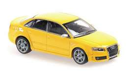 Audi  - RS4 2004 yellow - 1:43 - Maxichamps - 940014600 - mc940014600 | Toms Modelautos