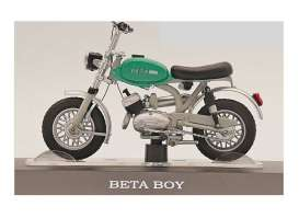Bikes  - Beta Boy green/white - 1:18 - Magazine Models - X8FALA0042 - magmot042 | Toms Modelautos
