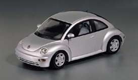 Volkswagen  - New Beetle 1998 silver - 1:43 - Maxichamps - 940058000 - mc940058000 | Toms Modelautos