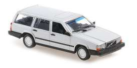 Volvo  - 740 Break 1986 white - 1:43 - Maxichamps - 940171710 - mc940171710 | Toms Modelautos
