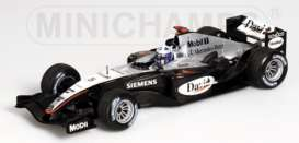 McLaren Mercedes Benz - 2004 silver/black - 1:43 - Minichamps - 530044305 - mc530044305 | Toms Modelautos