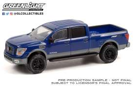 Nissan  - Titan 2018 blue - 1:64 - GreenLight - 35210C - gl35210C | Toms Modelautos