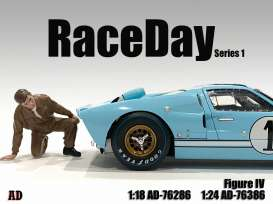 Figures  - Race Day Figure IV 2021  - 1:24 - American Diorama - 76386 - AD76386 | Toms Modelautos