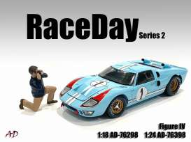 Figures  - Race Day II Figure IV 2021  - 1:24 - American Diorama - 76398 - AD76398 | Toms Modelautos